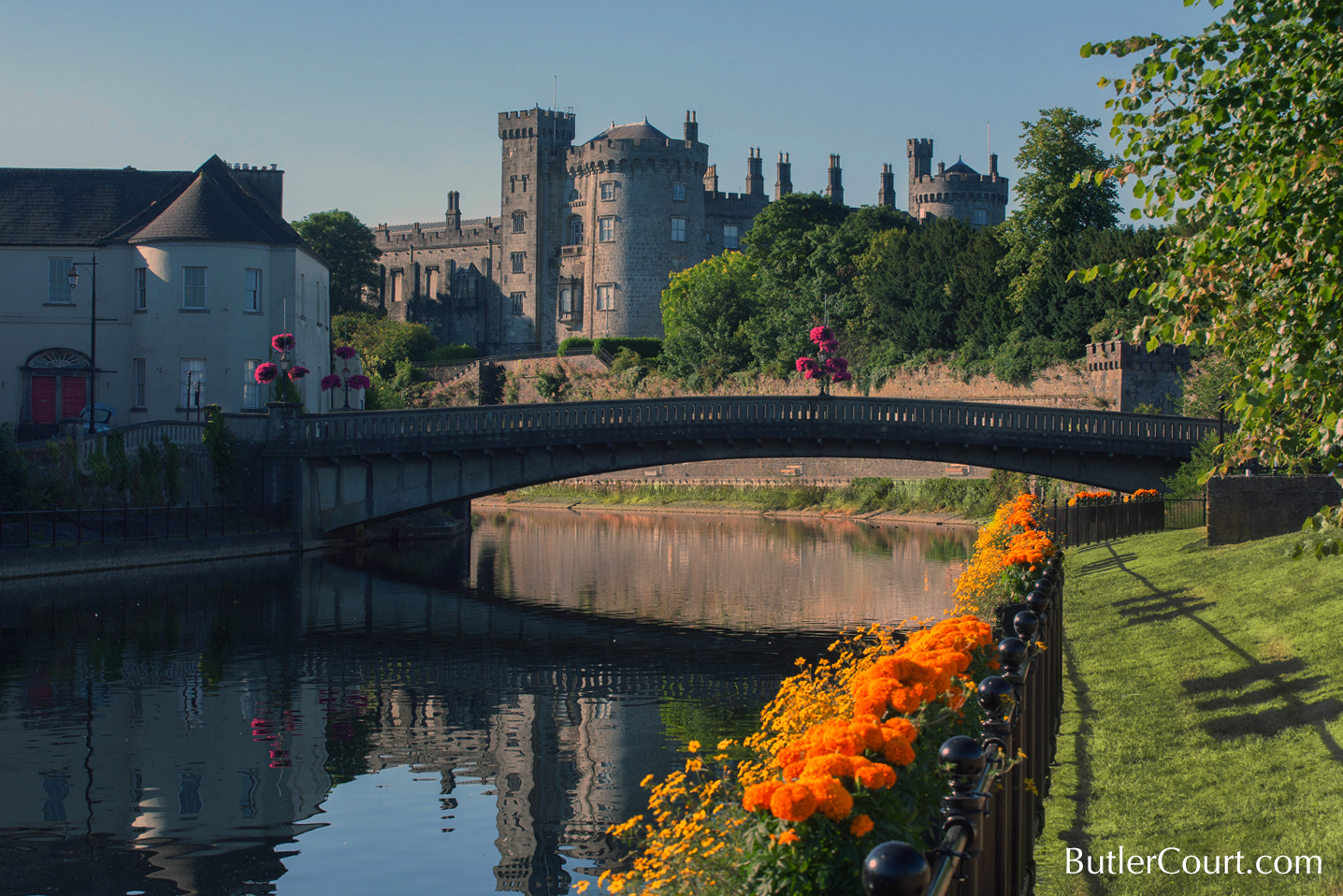 kilkenny castle, ireland, butler court guest accommodation, rick steves recommended, downtown, central, city centre, accommodation, lodgings,